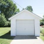 1 car garage private driveway
