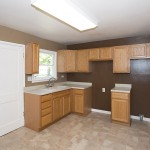 kitchen oak cabinets new flooring - house for rent